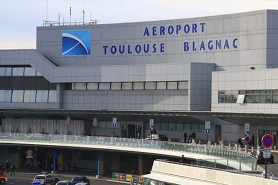 dépose clients aéroport Toulouse blagnac